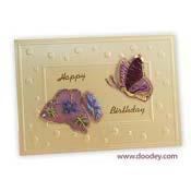 Borduren vlinder met bloem op balletjes kaart